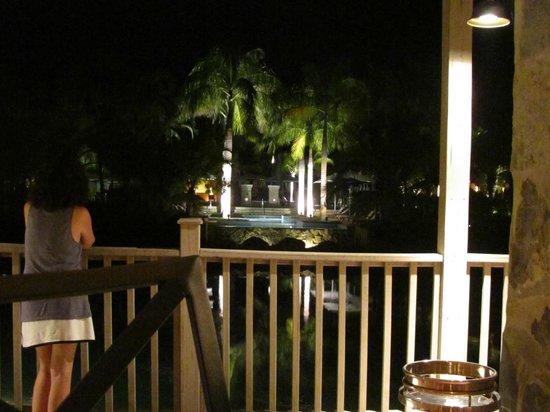 The Buenaventura Golf & Beach Resort Panama, Autograph Collection: Hotel grounds at night from Tamarindo Restaurant