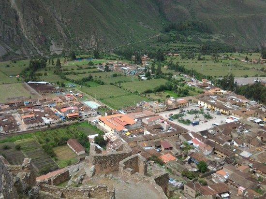 Pumamarca Ruins : view of Ollantaytambo from ruins