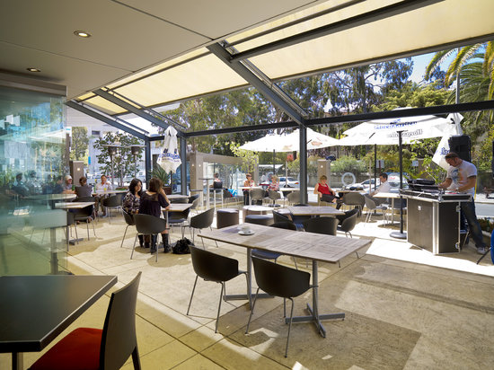 Armada Restaurant: Alfresco Area
