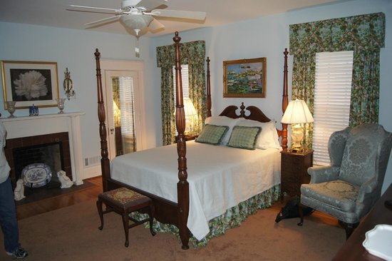 Foreman House Bed & Breakfast : Wonderful bedroom