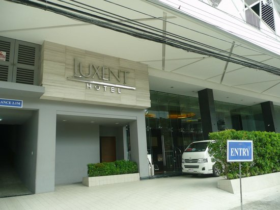 Luxent Hotel: hotel facade