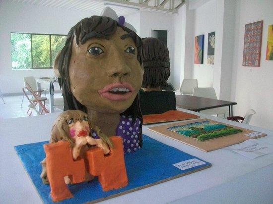 Museo La Tertulia: Una muestra del Taller de Escultura para niños (plastilina). Espacios para aprender y divertirse