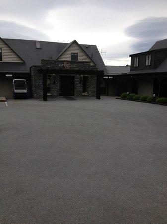 Oakridge Resort Lake Wanaka: Front Entrance