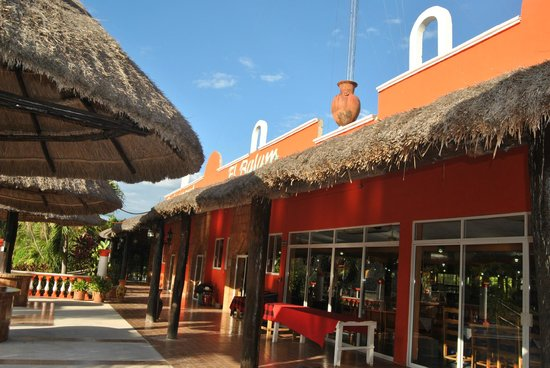 Cancun Vacation Experts - Day Tours: Enjoyed Authentic Mayan Cuisine during our tour here!