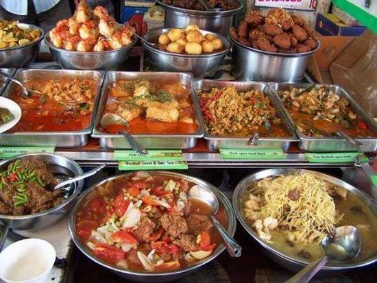 Pen thai restaurant bangkok banglamphu restaurant for Cuisine bangkok