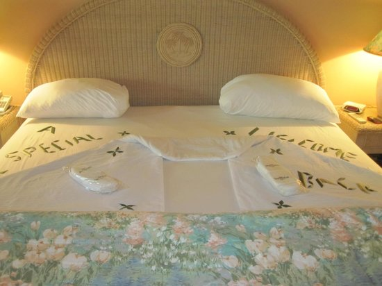 Coco Reef Resort & Spa Tobago: Bed