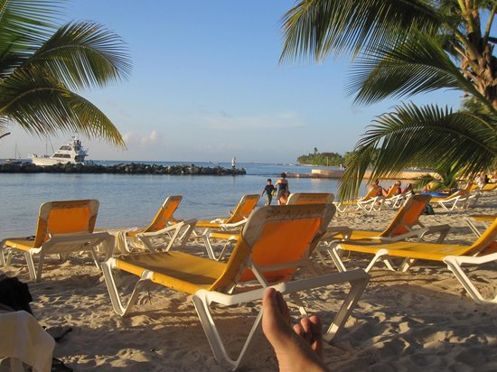 Coco Reef Tobago: Coco Reef beach