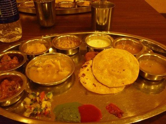 Rajdhani Restaurant Photo