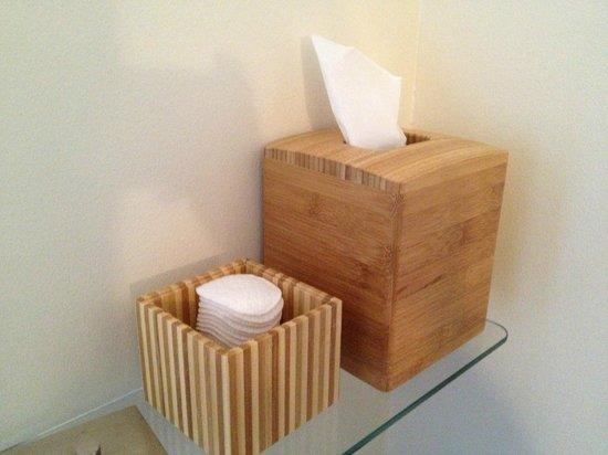 Olea Hotel: Bathroom amenities