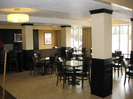 La Quinta Inn & Suites Hot Springs: Dining area