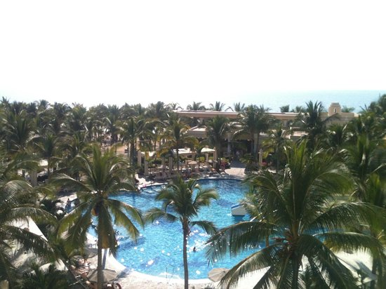 Hotel Riu Vallarta: Desde una suite frente al mar!