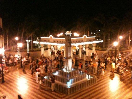 Hotel Riu Vallarta: Plazuela