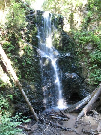 Skyline to the Sea Trail : The waterfalls near Jay Camp