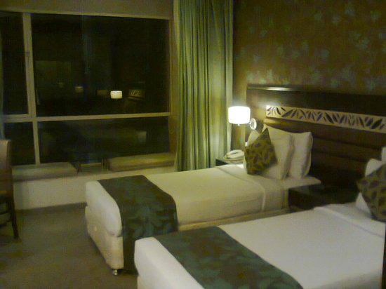 Hotel Supreme Heritage: Room