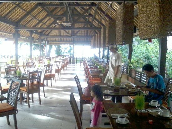 Mercure Resort Sanur: Open Space Dining Area