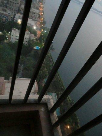 Hilton Cairo Zamalek Residences: looking down from the balcony
