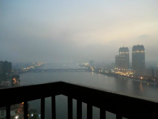 Hilton Cairo Zamalek Residences: hazy veiw down the nile