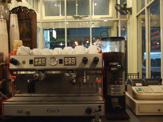 Lodge 61: Cafe
