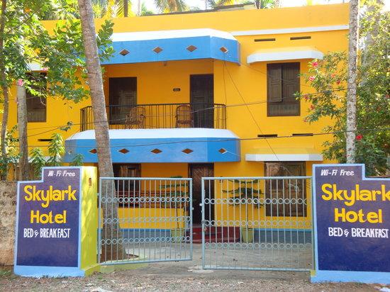 Skylark Hotel: Welcome!