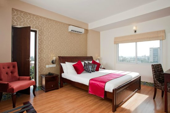 Orchid Suites: King Room
