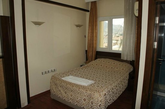 Onur Hotel: 室内