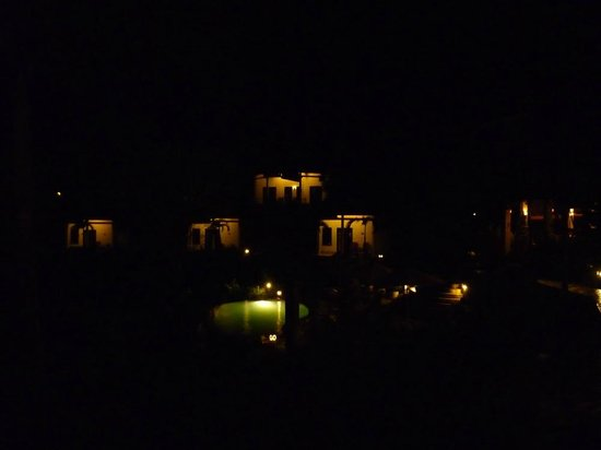 The Hamsa Bali Resort: Hamsa at Night