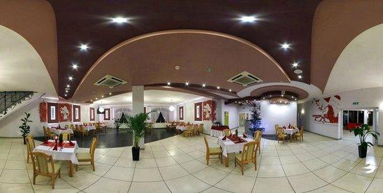 Dworek Rozany: restaurant