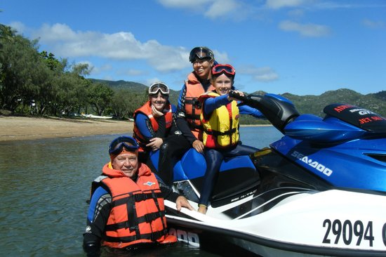 Magnetic Jet Adrenalin Jet Ski Tours: Families very Welcome