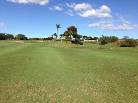 Maui Nui Golf Club: uninteresting fairways