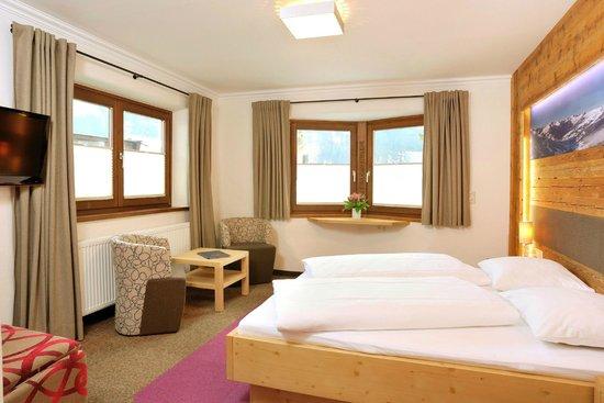 Hotel Gasthof Tiroler Buam: Lodenzimmer