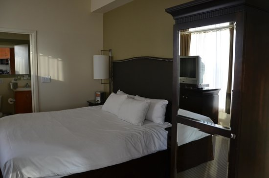 One King West Hotel & Residence: Bedroom