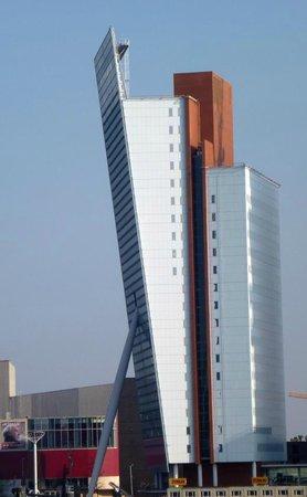 KPN Telecom Building / Toren op Zuid : KPN building. View from the Erasmus Bridge