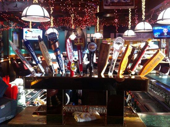 Henry's Great Alaskan Restaurant : Got Beer?!
