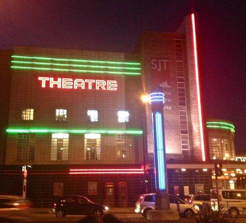 Stephen Joseph Theatre : The Former Odeon - Resplendent with Neon Lighting