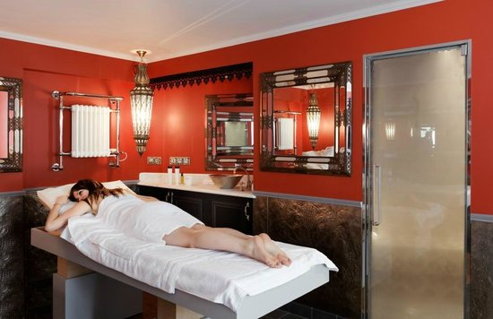 Saint James Paris - Relais et Chateaux: Pavillon d'Amour - private spa