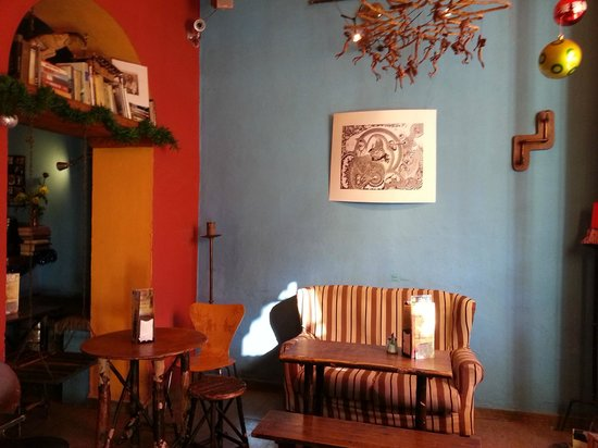 Inside Cafe Con Libros
