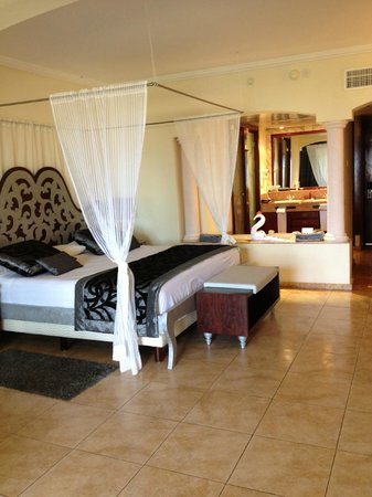 Majestic Colonial Punta Cana: our room in Colonial Club section