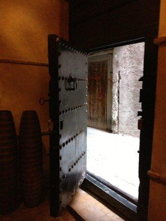 Riad Ta'achchaqa : front door!