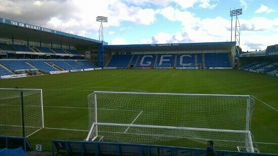 Priestfield Stadium: before ko.
