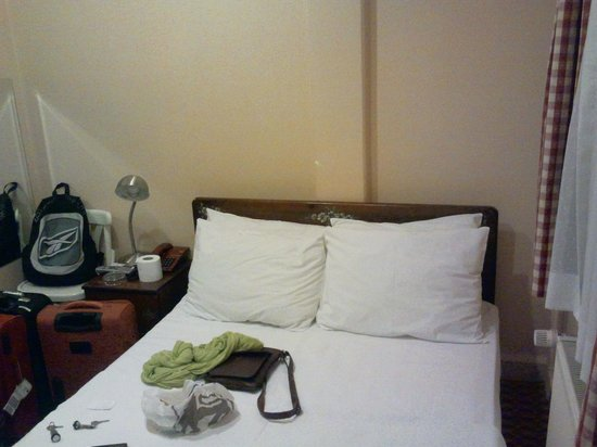 Sultanahmet Hotel: Tiny double room