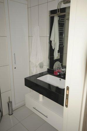 Taksim Premium Residence : BATHROOM