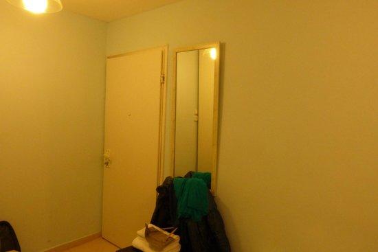 Peer Guest House: Room 1