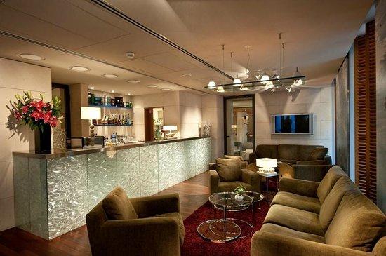 Hotel Beau Rivage: Bar