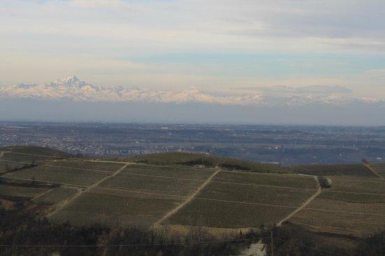 Agriturismo Bevione: Panorama al mattino