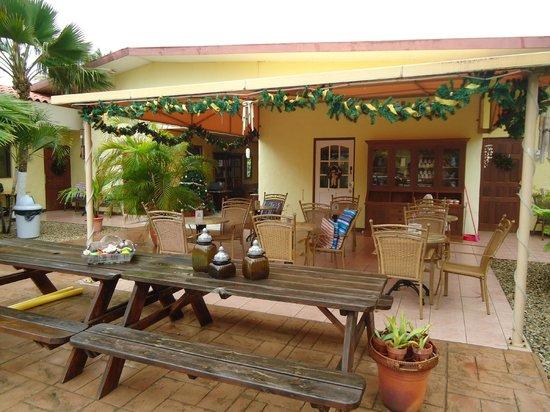 Arubiana Inn: área do café da manhã