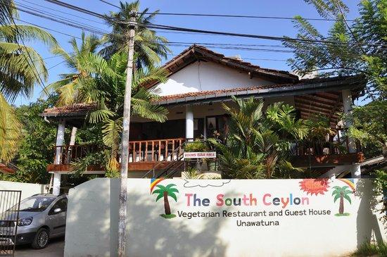 South Ceylon Vegetarian Restaurant and Guest House, Unawatuna