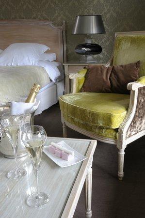 """Hostellerie La Cheneaudiere - Relais & Chateaux: Exemple de chambre """"Les Terrasses"""""""