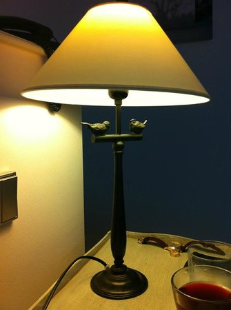 Hotel Cour du Corbeau Strasbourg - MGallery Collection: Bedside lamp