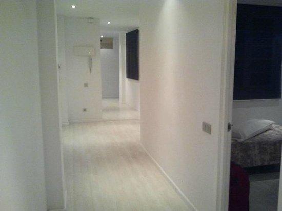 Marshall Apartments: Corridoio