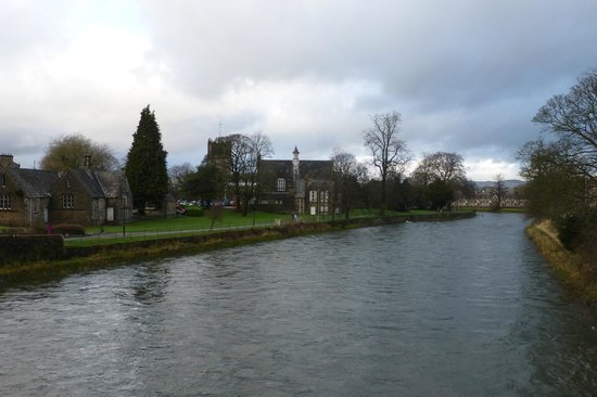 Stonecross Manor Hotel : The River at Kendal